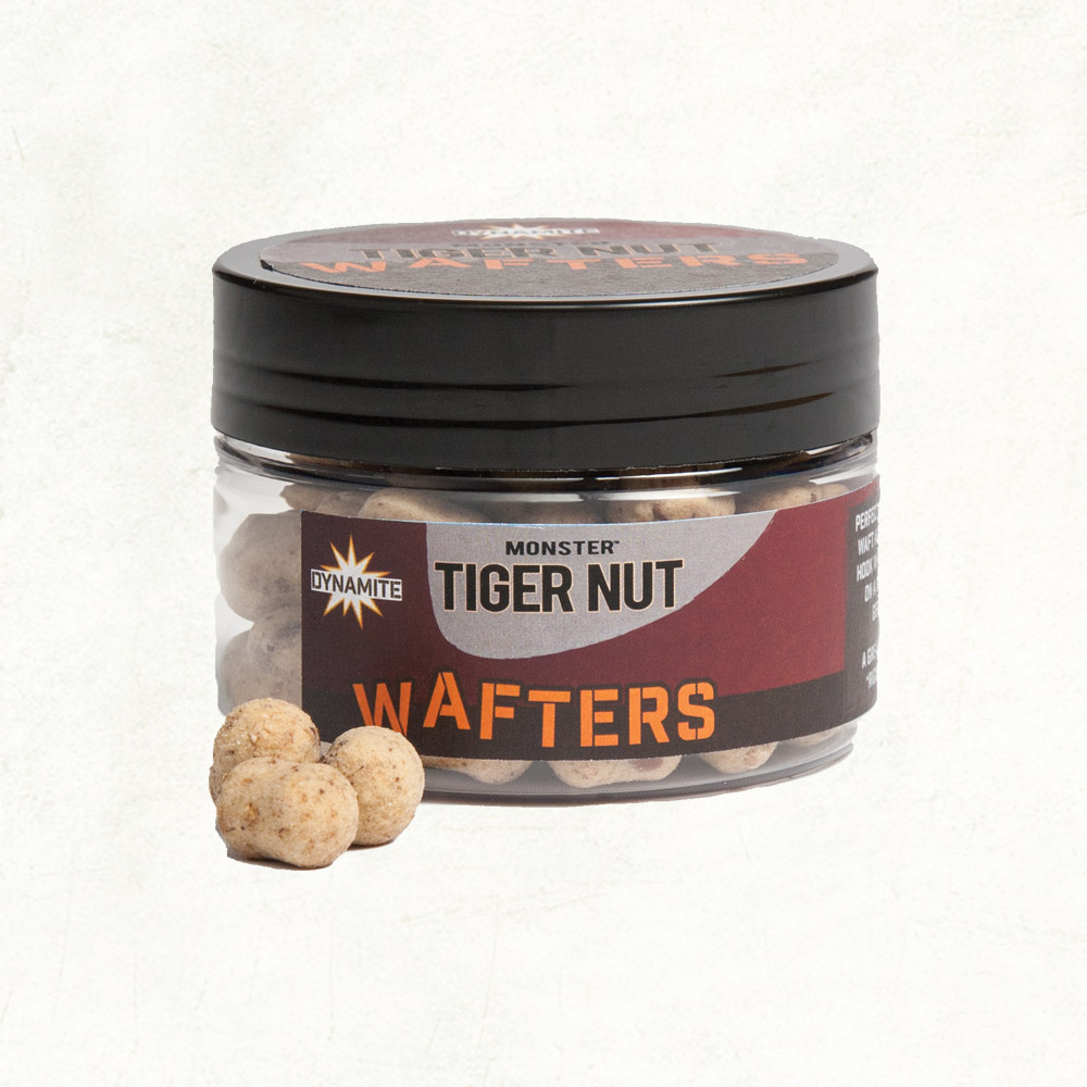 Бойлы нейтральные Dynamite Baits Wafter  Monster Tiger Nut 15мм   (Тигровый орех)
